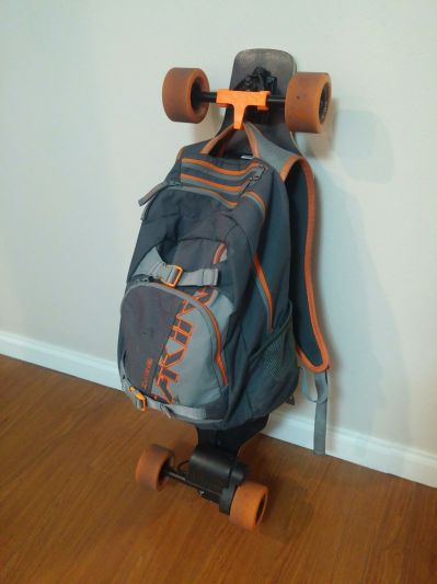 E-GO skateboard backpack hanger